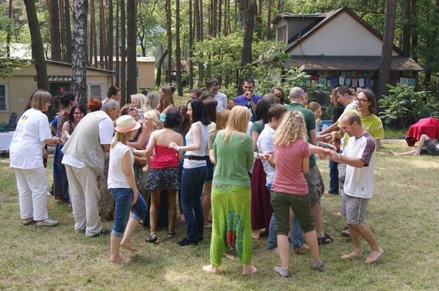 joga śmiechu na festiwalu Heart and Mind